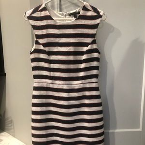 Banana Republic knee length sleeveless dress Sz 2